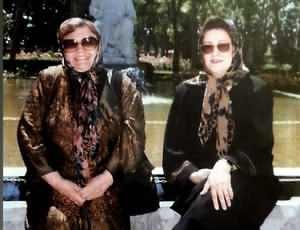 مريم اميرجلالي و حميده خيرآبادي در يک عکس