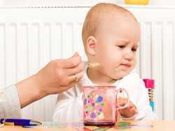 غذا خوردن را اينگونه براي کودک لذت بخش کنيد