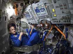 فضانوردان ناسا چه ويژگي هايي بايد داشته باشند؟